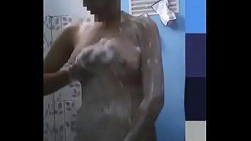 Top porn Ngintip Cewe Kampung Mandi Bugil watch online